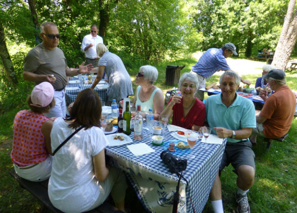 Picnic at Eyrignac - The