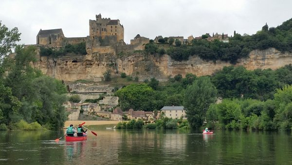 Canoing on the Dordogne - Perigord Experience week in the Dordogne