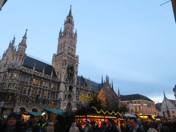 Neue Rathaus Marienplatz Christkindlmarkt