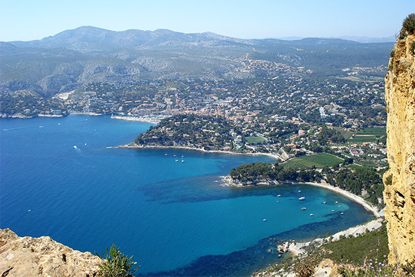 View of Cassis and the sea from clifftops